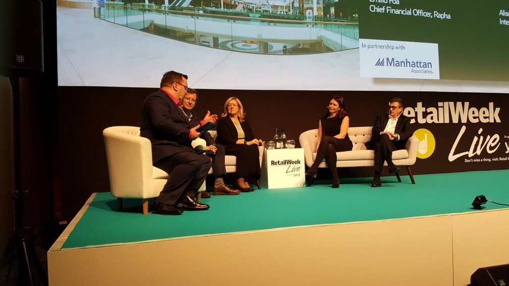 Declan Curry has some vigorous panel discussions on technology that is transforming retail - including Artificial Intelligence and Virtual Reality, at RetailWeek Live 2017.